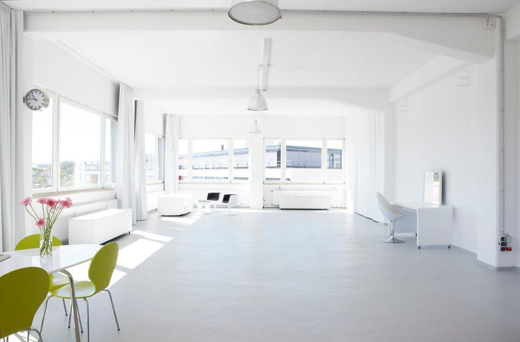 loft 506 mietstudio loft 506 mietstudio f r foto film und eventlocation seminarraum. Black Bedroom Furniture Sets. Home Design Ideas