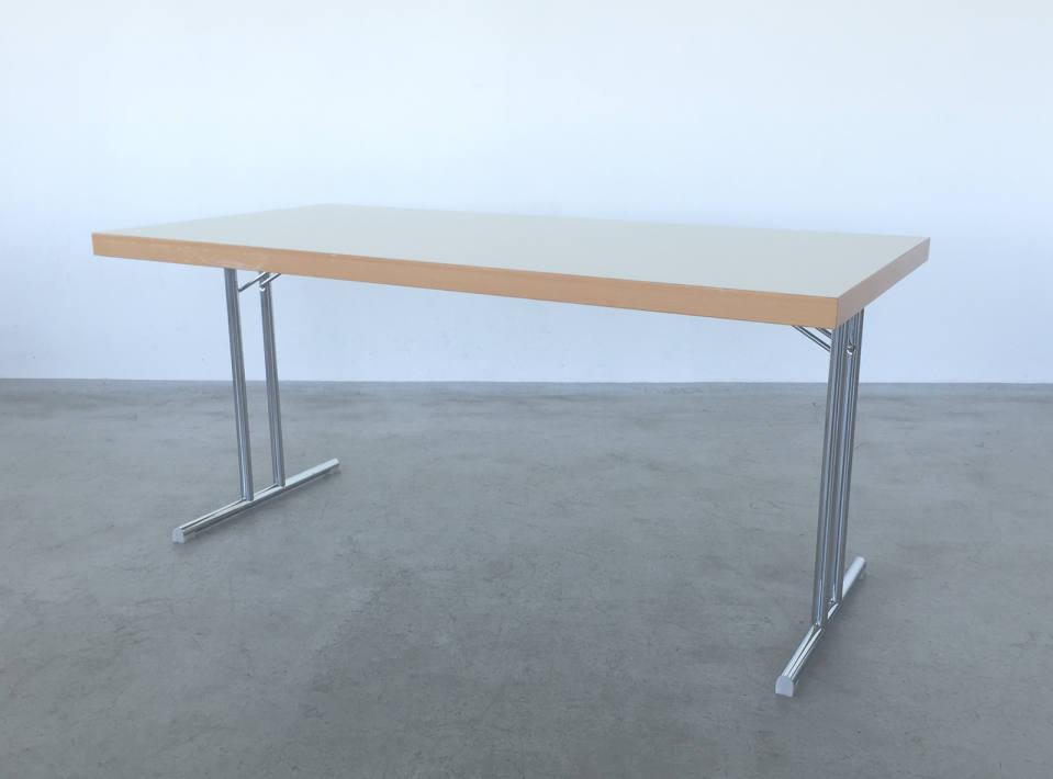 Konferenztisch Klappbar.Konferenztisch Loft 506 Mietstudio Für Foto Film Und